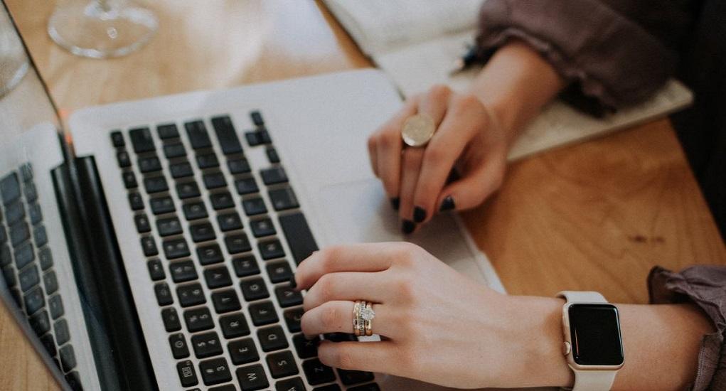 Manfaat Memiliki Website Bisnis Di Era Digital